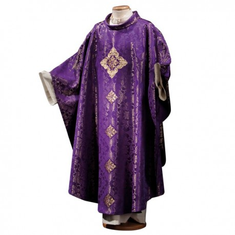 EMBROIDERED DAMASCUS WOOL CHASUBLE